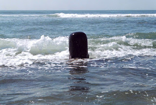 Lingam in sea